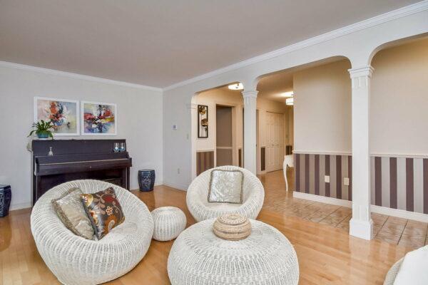 14-living-room-b